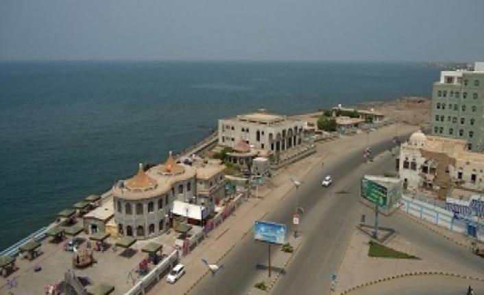 Yemen Hudeyde kamu kurumları ele geçirildi