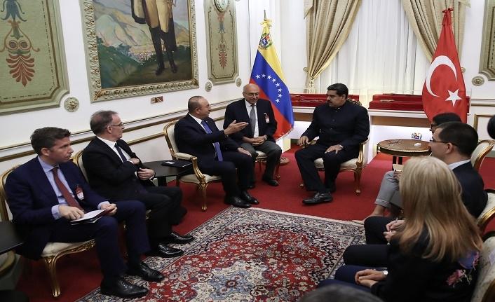 Çavuşoğlu, Venezuela Devlet Başkanı Maduro ile görüştü
