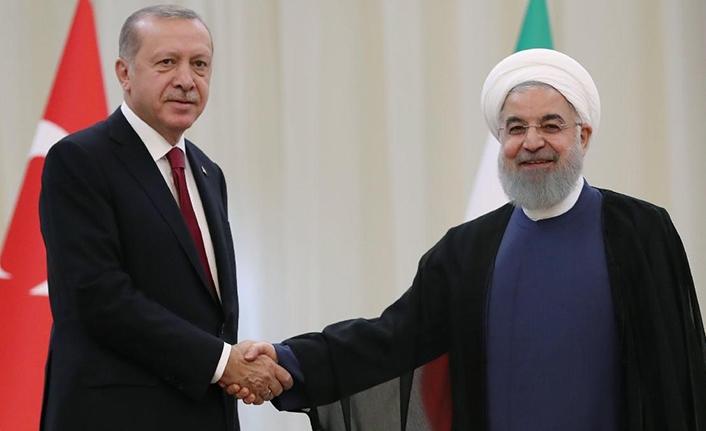 Erdoğan ve Ruhani'den basına kapalı görüşme