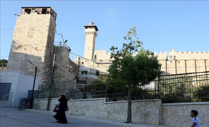 Harem-i İbrahim Camisi'ni Müslümanlara kapatıldı