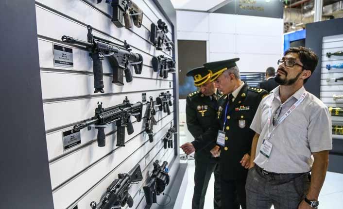 Savunma Sanayi firmaları Bakü'de