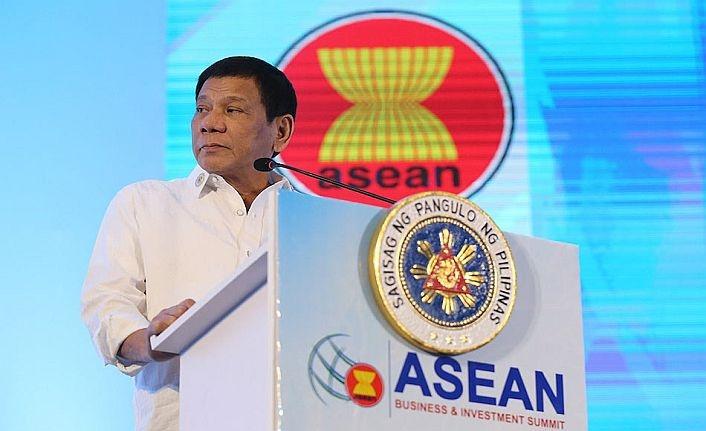 Duterte: ABD ortamı germezse Çin ile sorunu çözeriz