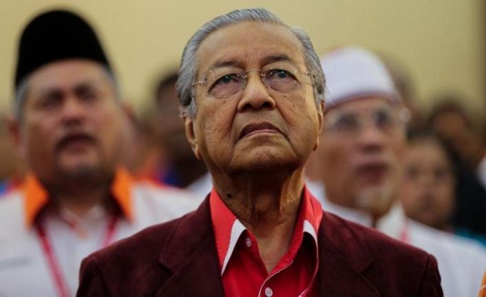 Mahathir'den Arakanlı Müslümanları görmeyen Suu Çii'ye eleştiri
