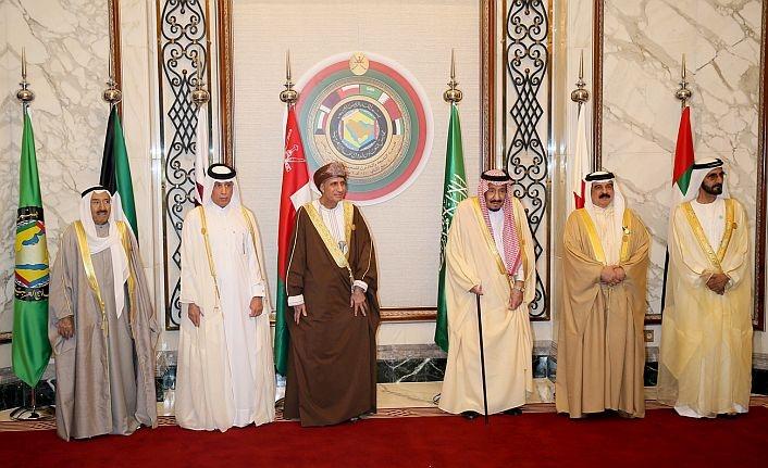 Zirve sona erdi, Katar'dan sert tepki geldi