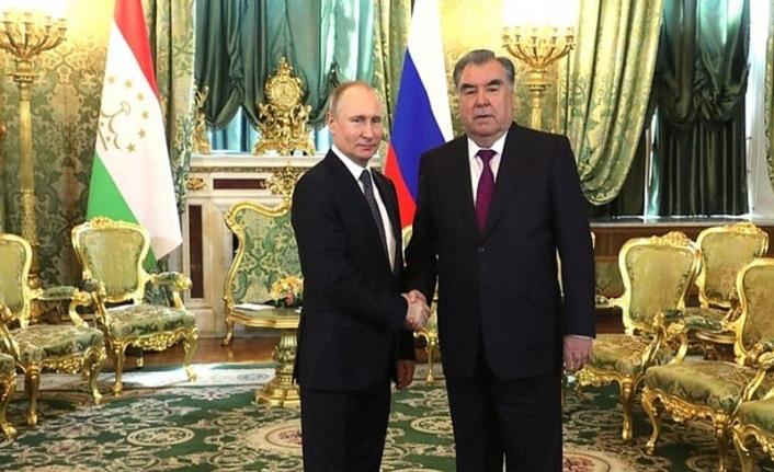 Rusya ve Tacikistan'dan 17 anlaşma