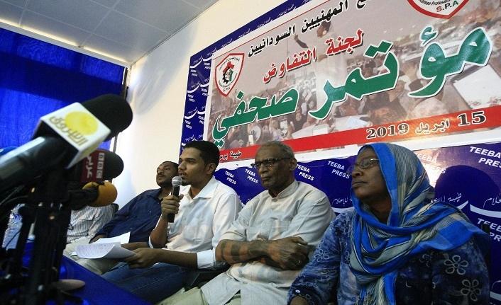 Sudan Meslek Odaları Birliği, askeri konseye geçiş süreci önerilerini iletti