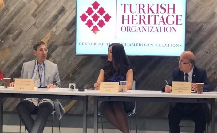 Türk Miras Vakfı, Uygur Türkleri için Washington'da panel düzenledi