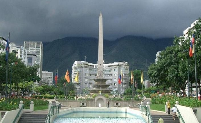 Venezuela'da darbeyi unutun diyalog yapın çağrısı