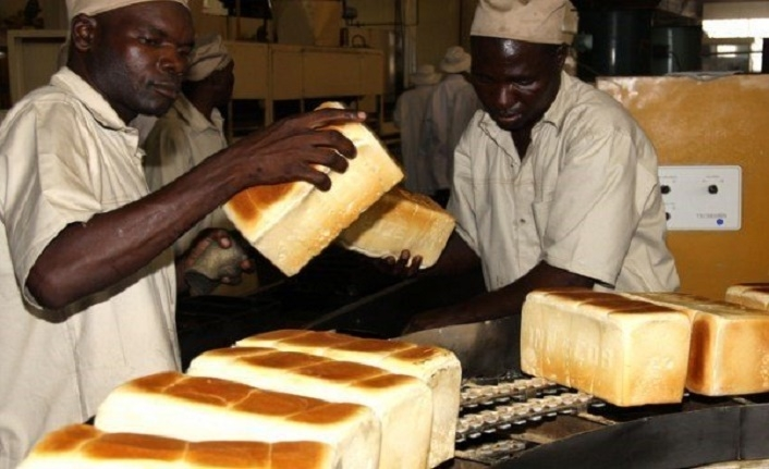 Zimbabve'de halk panikte. Ekmek fiyatı iki katına çıktı