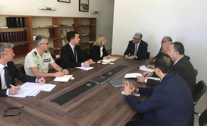 Fransa Libya'daki UMH ile yeniden masada
