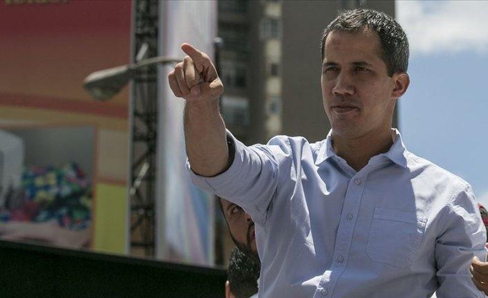 Venezuela'da muhalif Guaido hükümetle müzakere ettiğini açıkladı
