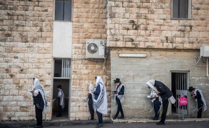İsrail'de aktif vaka sayısındaki artış sürüyor