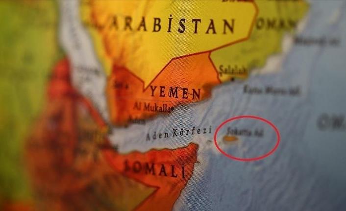 BAE gemisi Yemen'in Sokotra Adası'ndaki limana yasa dışı giriş yaptı