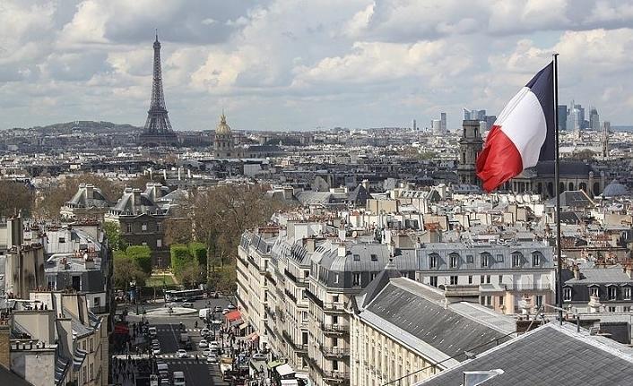 Fransa, İslamofobi ile mücadele edenlerle mücadele ediyor
