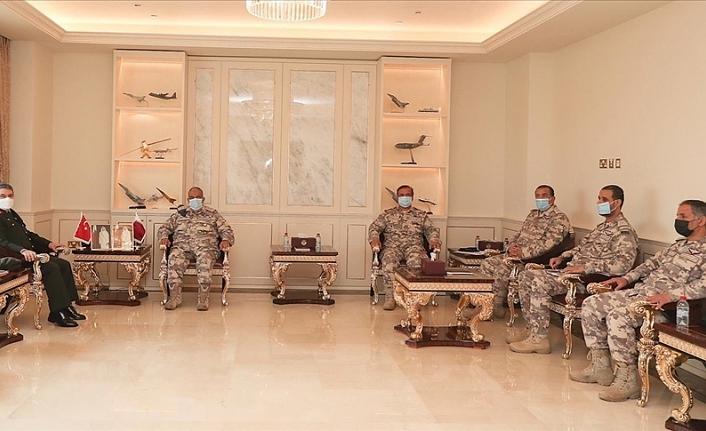 Türk ve Katarlı yetkililer askeri iş birliğini geliştirmeyi görüştü