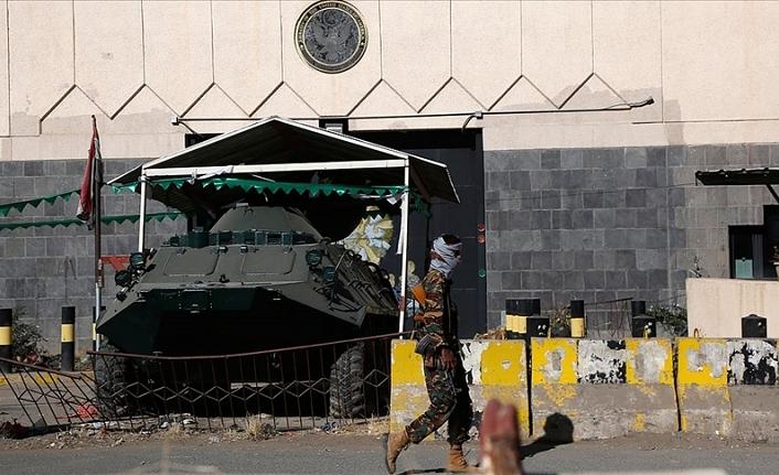 Husiler terör örgütü sınıflandırmasını umursamıyor