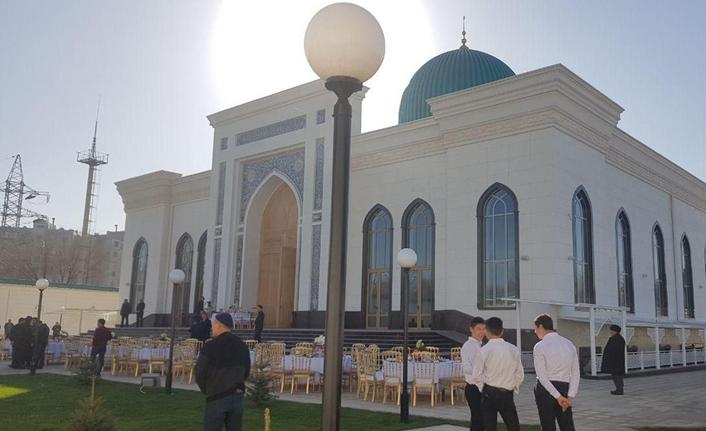 Taşkent'te 2 bin 300 kişilik caminin açılışı yapıldı
