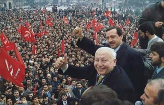 16 Ocak 1998'de Refah Partisi kapatıldı